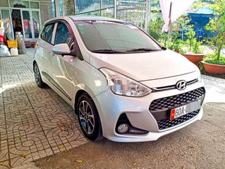 Cần bán Hyundai Grand i10 sản xuất năm 2019, màu bạc