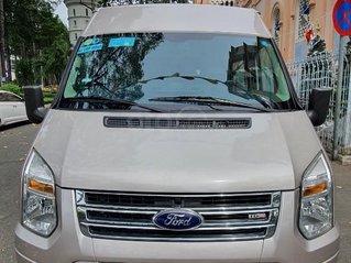Bán gấp Ford Transit Luxury đăng ký 7.2015, mới 98%