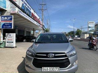 Mới về Toyota Innova sản xuất 2018 bản 2.0E, số sàn, màu bạc
