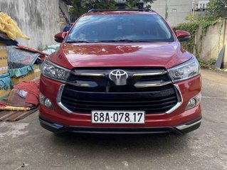 Xe Toyota Innova đời 2017, màu đỏ chính chủ