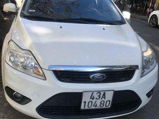 Bán xe Ford Focus sản xuất năm 2011, màu trắng