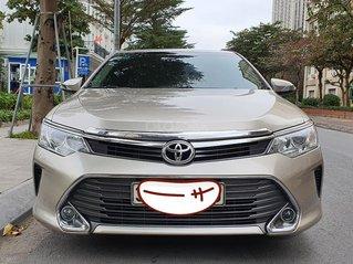 Cần bán xe Toyota Camry 2.0E SX năm 2015