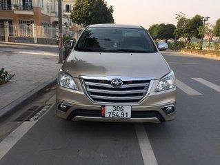 Tôi cần bán gấp chiếc Toyota Innova 2.0E 2014, số sàn