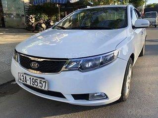 Bán xe Kia Forte sản xuất năm 2013, màu trắng còn mới, giá chỉ 293 triệu