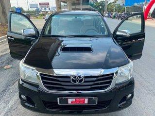 Xe Toyota Hilux đời 2014, màu đen, nhập khẩu nguyên chiếc