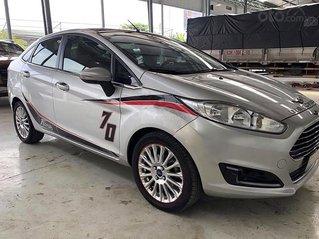 Bán Ford Fiesta sản xuất 2014, màu bạc, nhập khẩu còn mới