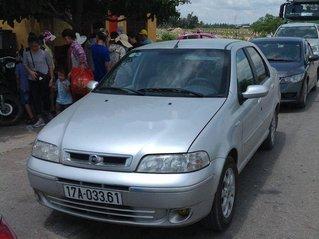Cần bán gấp Fiat Albea đời 2004, màu bạc