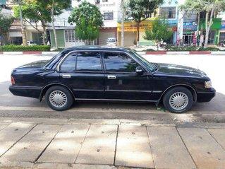 Cần bán Toyota Crown 1993, màu đen, nhập khẩu