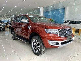 Ford Everest Titanium 4x2 2021 đỏ cực hiếm tại HCM, giao ngay - Ưu đãi tiền mặt + phụ kiện lên đến 40tr