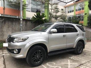 Bán ô tô Toyota Fortuner sản xuất năm 2015, màu bạc, nhập khẩu