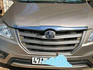 Xe Toyota Innova năm 2015, nhập khẩu nguyên chiếc còn mới, giá 450tr