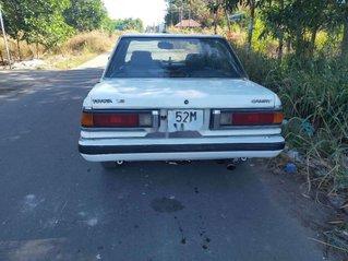 Bán Toyota Camry năm sản xuất 1986, xe nhập, giá mềm