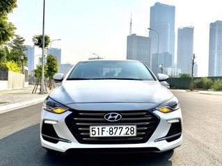 Hyundai Elantra 1.6 turbo full option sx 2019 chạy 2v8km siêu mới