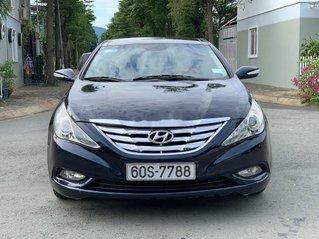 Cần bán Hyundai Sonata sản xuất 2010, xe nhập còn mới