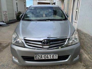 Xe Toyota Innova sản xuất năm 2007, màu bạc chính chủ