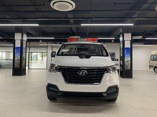 Bán ô tô Hyundai Starex 2020, màu trắng, xe nhập
