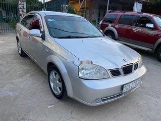 Bán xe Daewoo Lacetti năm sản xuất 2004, màu bạc