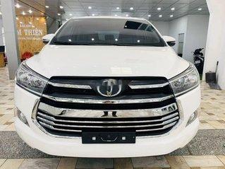 Cần bán xe Toyota Innova sản xuất năm 2018, màu trắng