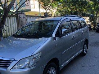Bán Toyota Innova sản xuất 2014, màu bạc còn mới
