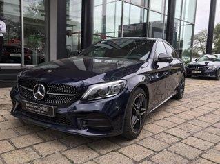 Mercedes C300 xanh đen demo chính hãng, chạy ít