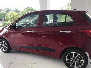 Bán Hyundai Grand i10 1.2 AT sản xuất năm 2021, màu đỏ, 395tr