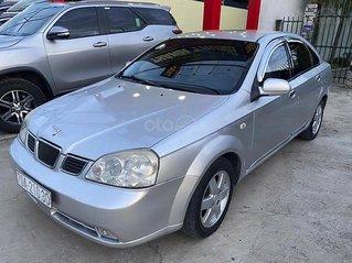 Xe Daewoo Lacetti năm sản xuất 2004, màu bạc, giá mềm