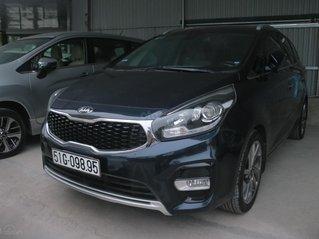 Cần bán lại xe Kia Rondo GAT sản xuất năm 2017