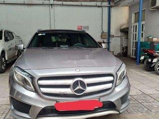 Cần bán gấp Mercedes GLA 250 đời 2015, màu bạc, nhập khẩu nguyên chiếc