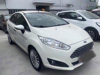 Bán xe Ford Fiesta năm 2016, màu trắng còn mới