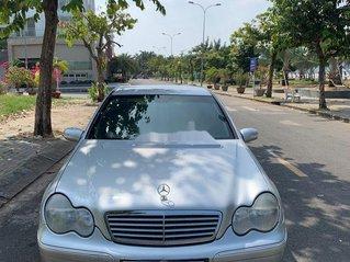 Cần bán Mercedes C200 2003, màu bạc, nhập khẩu