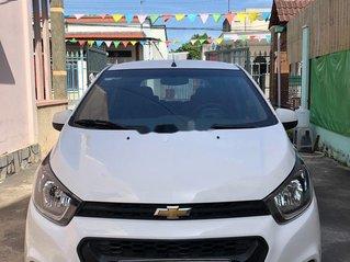 Cần bán xe Chevrolet Spark năm sản xuất 2018, màu trắng