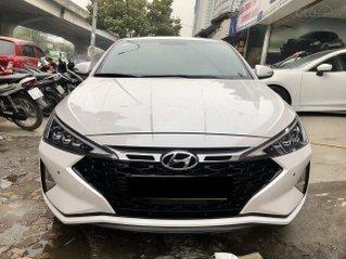 Bán xe Hyundai Elantra 1.6 Turbo 2019 đi 25000km, giá 722 triệu