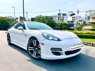 Porsche Panamera 4S nhập 2011 Executive full option hộp số tự động 7 cấp, vô lăng tích hợp phím điều khiển âm thanh