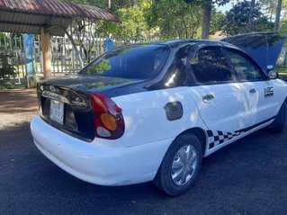 Cần bán gấp Daewoo Lanos sản xuất năm 2003, xe nhập còn mới