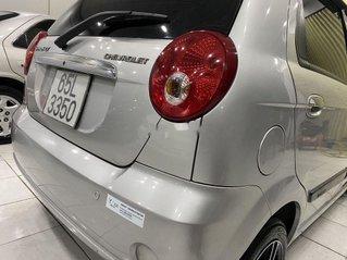 Cần bán gấp Chevrolet Spark năm sản xuất 2010 còn mới giá cạnh tranh