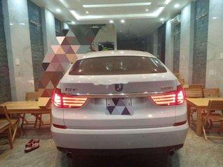 Cần bán xe BMW 5 Series 535GT 2010, màu trắng