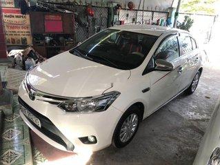 Cần bán Toyota Vios sản xuất năm 2015 còn mới, giá 318tr