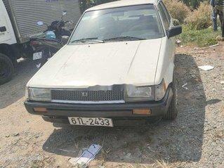 Bán Toyota Corona năm sản xuất 1983, nhập khẩu nguyên chiếc còn mới, giá chỉ 30 triệu