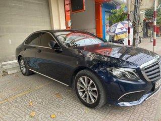 Cần bán gấp Mercedes E class sản xuất 2020 còn mới