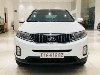Bán xe Kia Sorento GATH sản xuất năm 2019, màu trắng, giá tốt