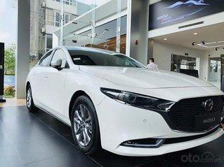 Bán xe Mazda 3 sản xuất 2020, màu trắng, 794 triệu