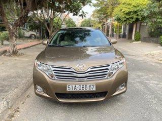 Toyota Venza 2.7AT, màu nâu da lươn, nội thất kem da zin nguyên bản, sản xuất cuối 2011, chạy 69.000km, bản Full Option