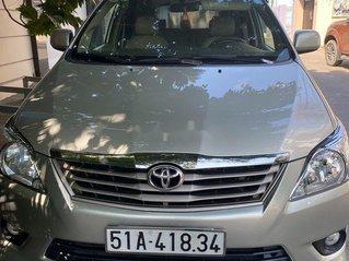 Bán ô tô Toyota Innova sản xuất năm 2012 còn mới