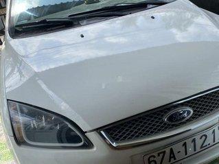 Bán xe Ford Focus 2007, màu trắng, nhập khẩu nguyên chiếc, giá tốt
