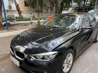 Cần bán xe BMW 3 Series sản xuất năm 2017, màu đen còn mới