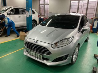 Cần bán xe Ford Fiesta năm 2017 còn mới, 410 triệu