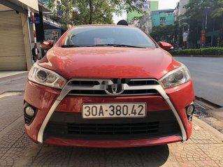 Cần bán xe Toyota Yaris sản xuất năm 2015, màu đỏ, nhập khẩu