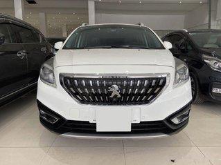 Bán ô tô Peugeot 3008 sản xuất 2018, màu trắng, giá chỉ 740 triệu