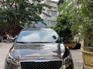 Cần bán Kia Sedona sản xuất năm 2016, xe chính chủ
