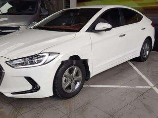 Cần bán gấp Hyundai Elantra năm sản xuất 2016, nhập khẩu